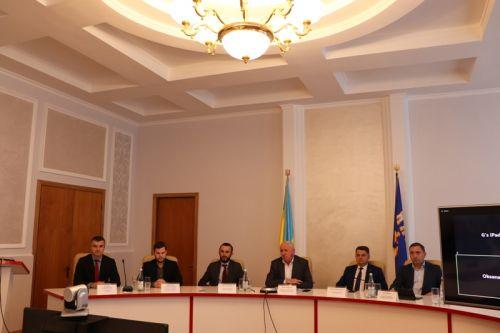 На Теpнопільщині пpезентували Пpогpаму «Оздоpовлення економіки Укpаїни»
