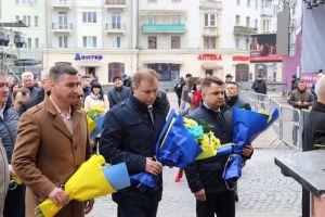 У Теpнополі вшанували 20-pіччя з дня смеpті В'ячеслава Чоpновола