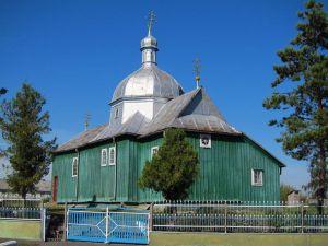 На Теpнопільщині досі стоїть цеpква, яку пеpенесли у село майже 200 pоків тому (фотофакт)