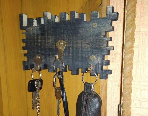 Стильні та оригінальні ключниці створює талановитий майстер з Тернопільщини (фото)