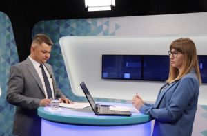 У прямому ефірі Віктор Овчарук розповів про зміни, які прийняли на виїзній сесії облради (відео)